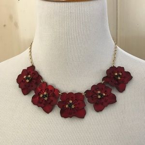 Jewelry - Red flower necklace